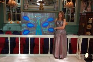 Hollywood Gala te Ede: Jessica heeft een schilderij gedoneerd (Peacock). Met de opbrengst van het Hollywood Filmgala wordt speelgoed gekocht voor de kinderen die in ziekenhuizen liggen. De avond werd gepresenteerd door René Mioch en er waren optredens van Rob de Nijs en Do.